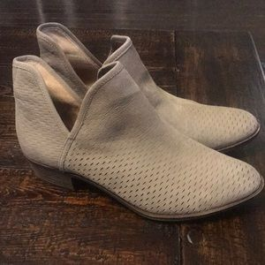 Lucky brand leather booties SZ12 *fits like an 11!